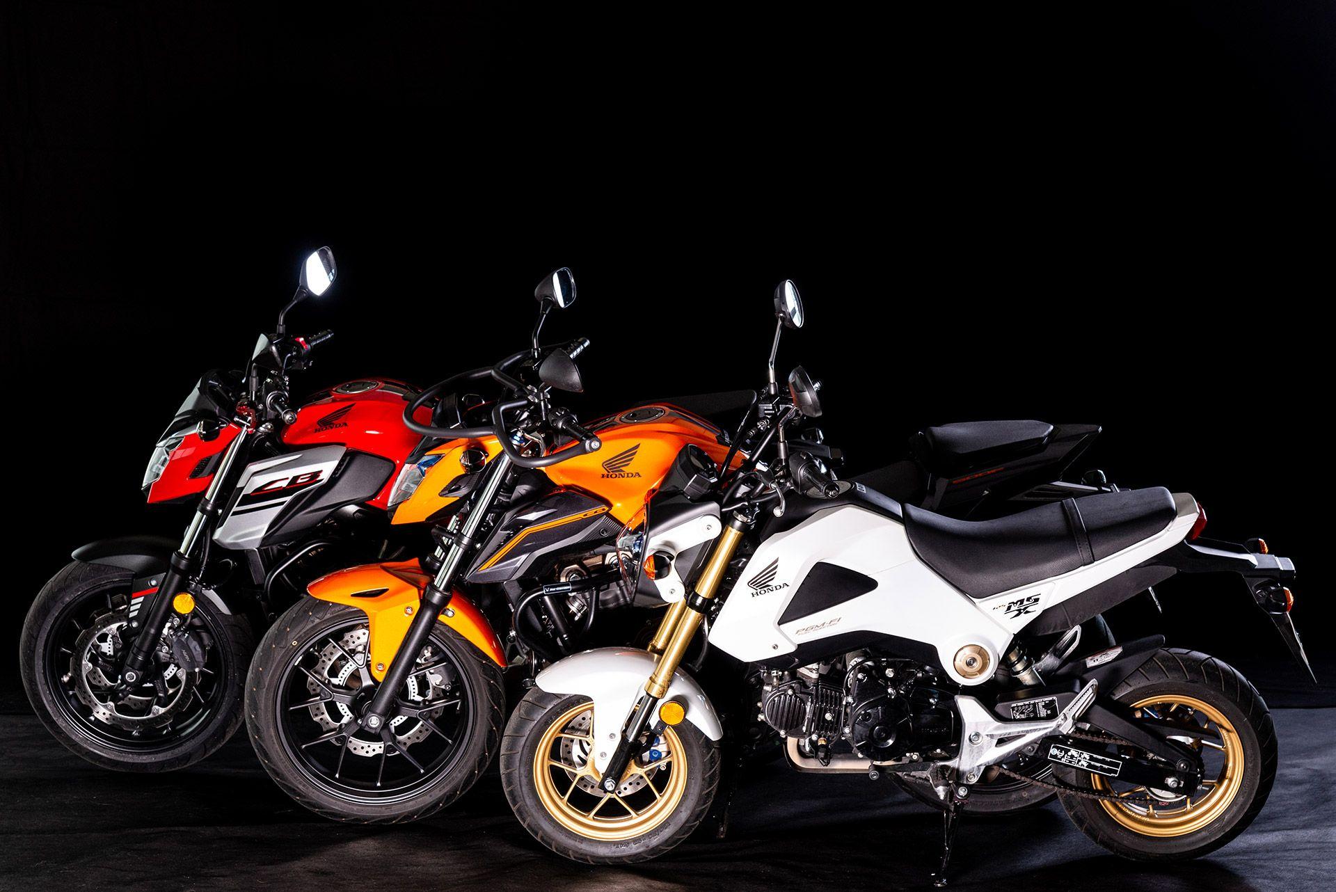 Fahrschule Berlin allroad 3 Motorräder der Marke Honda