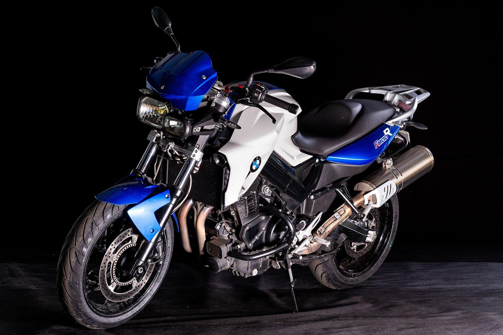 Fahrschule Berlin allroad Motorrad BMW F800R Perspektive