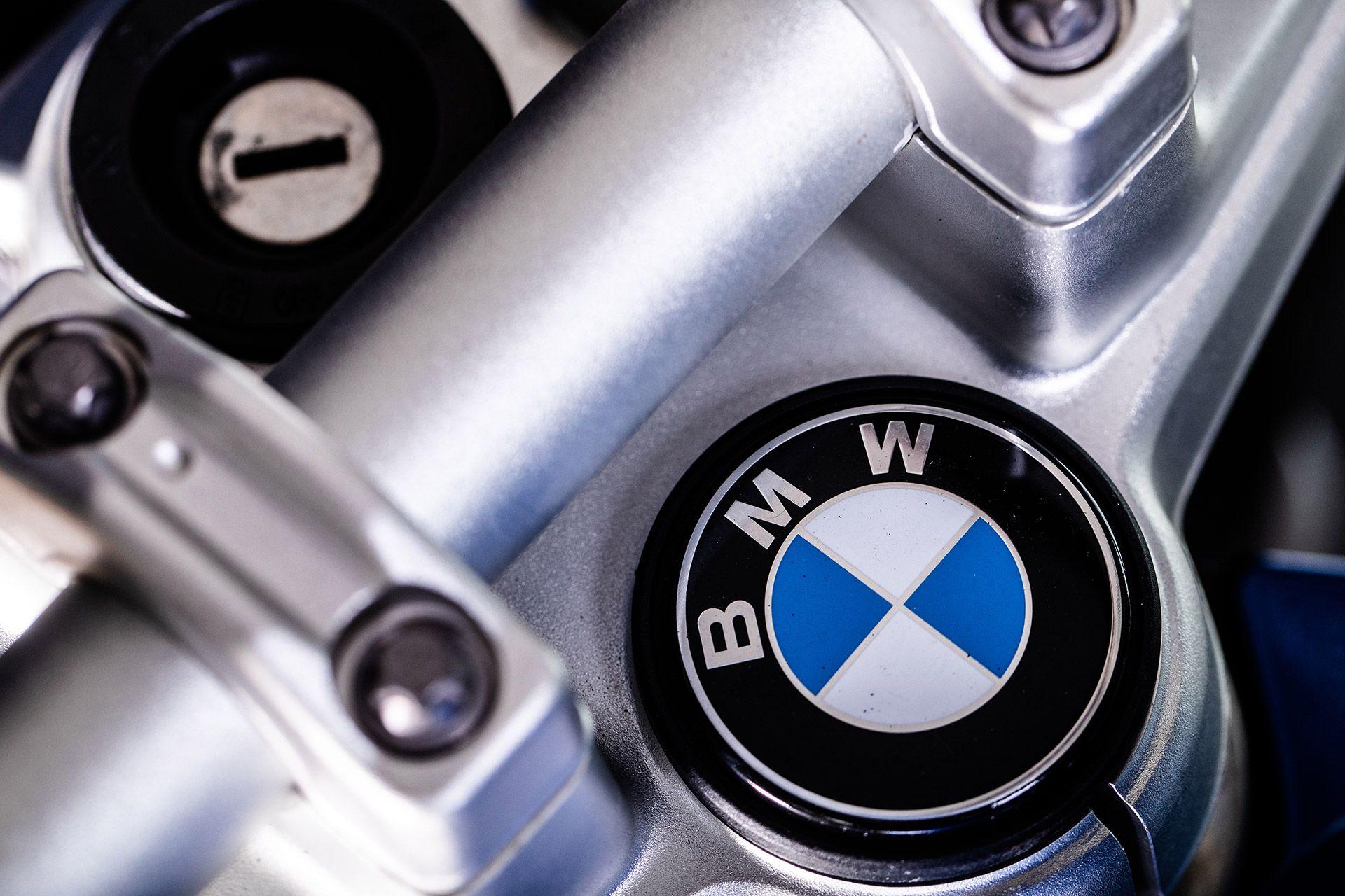 Fahrschule Berlin allroad Motorrad BMW F800R Lenkerdetail