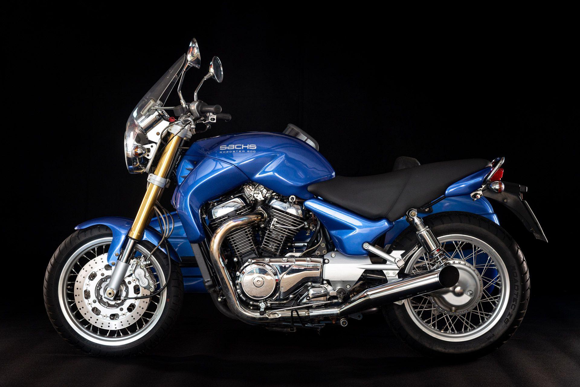 Fahrschulmotorrad Sachs mit Beiwagen in Blau